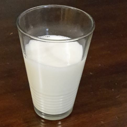 Was-hilft-gegen-Sodbrennen-Milch