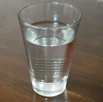 Was-hilft-gegen-Sonnenbrand-Wasser
